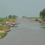 Takeo, Canal 15, bateaux de pêcheurs cham (Cambodge)