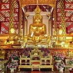 Wat Suan Dok, viharn avec statue du Bouddha