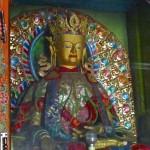 Statue du Bouddha Maïtreya