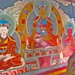 Padmasambhava ou Guru Rinpoché flanqué de deux disciples, peinture murale