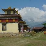 Portail d'entrée et pavillon du grand moulin à prière