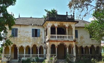 Angkor Borei, maison coloniale