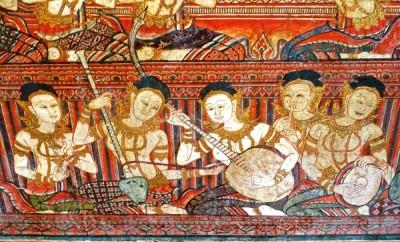 Un orchestre de musiciennes accompagne la cérémonie