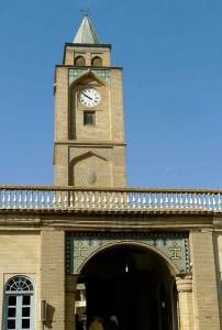 Kelisa-ye vank, clocher à l'entrée de l'enceinte de l'église