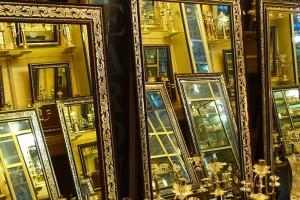 Kerman, Bazar-e Sartasari, la boutique des miroirs