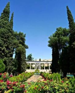 Shiraz, jardin du Mausolée du poète Hafez