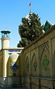 Un minaret de la mosquée