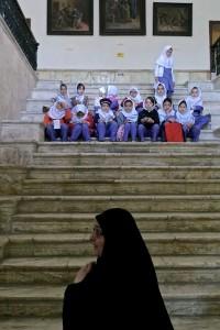 Tehran, Palais Golestan, classe d'école en visite