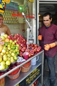 Tehran, vente de jus de pommes grenades