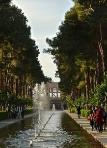 Yazd, Bagh-e Dowlat, l'un des bassins du jardin