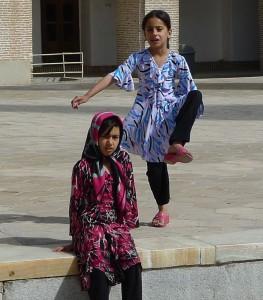 Yazd, vieille ville, jeux d'enfants