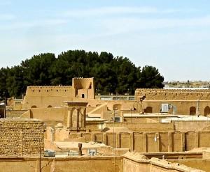 Murailles de la vieille ville et donjon