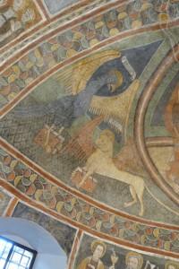Les symboles des Evangélistes Jean (aigle) et Marc (lion)