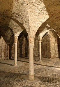 Crypte avec colonnes