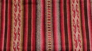Tissu avec les typiques crochets du chaman