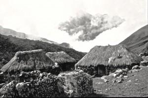 Q'ero Totorani, chaumières de la famille Paucar Salas