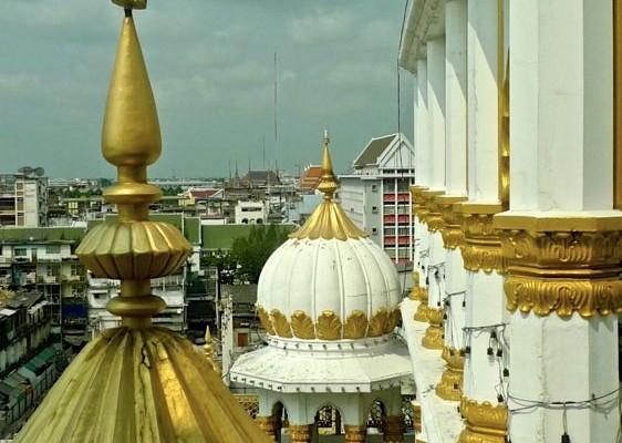 7. Tempio sikh di Phahurat, cupole